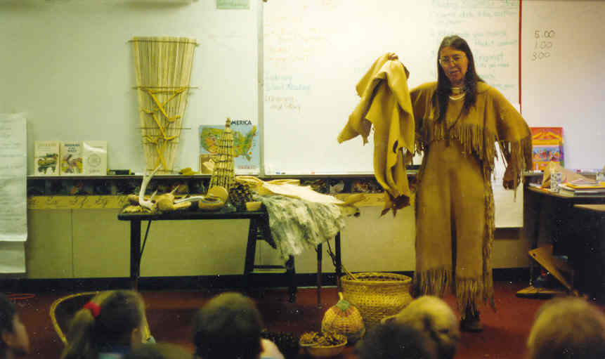 Mary Hess of Living History Experiences in Native American dress